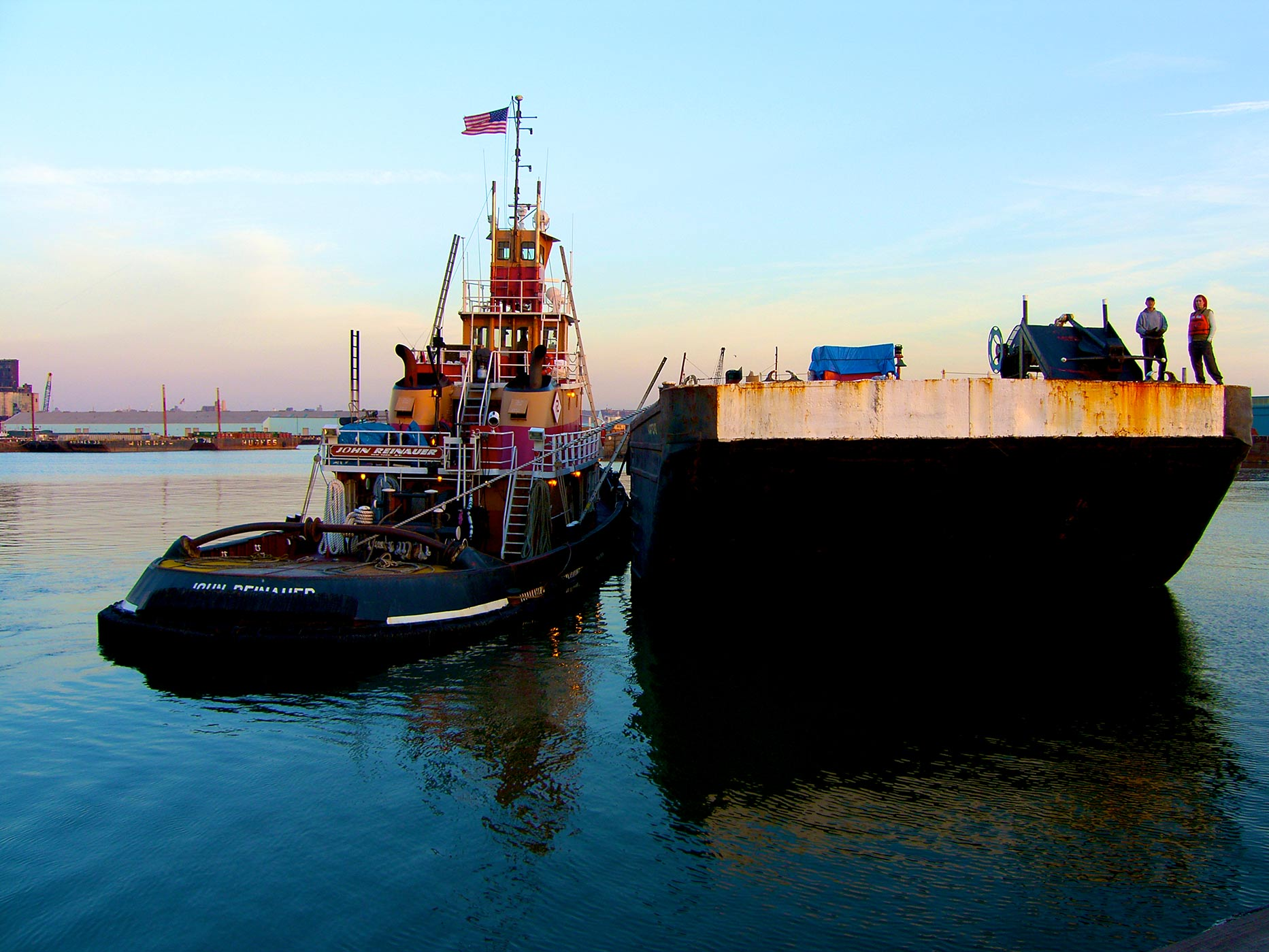 Tugboat_and_Barge_in_Eire_Basin