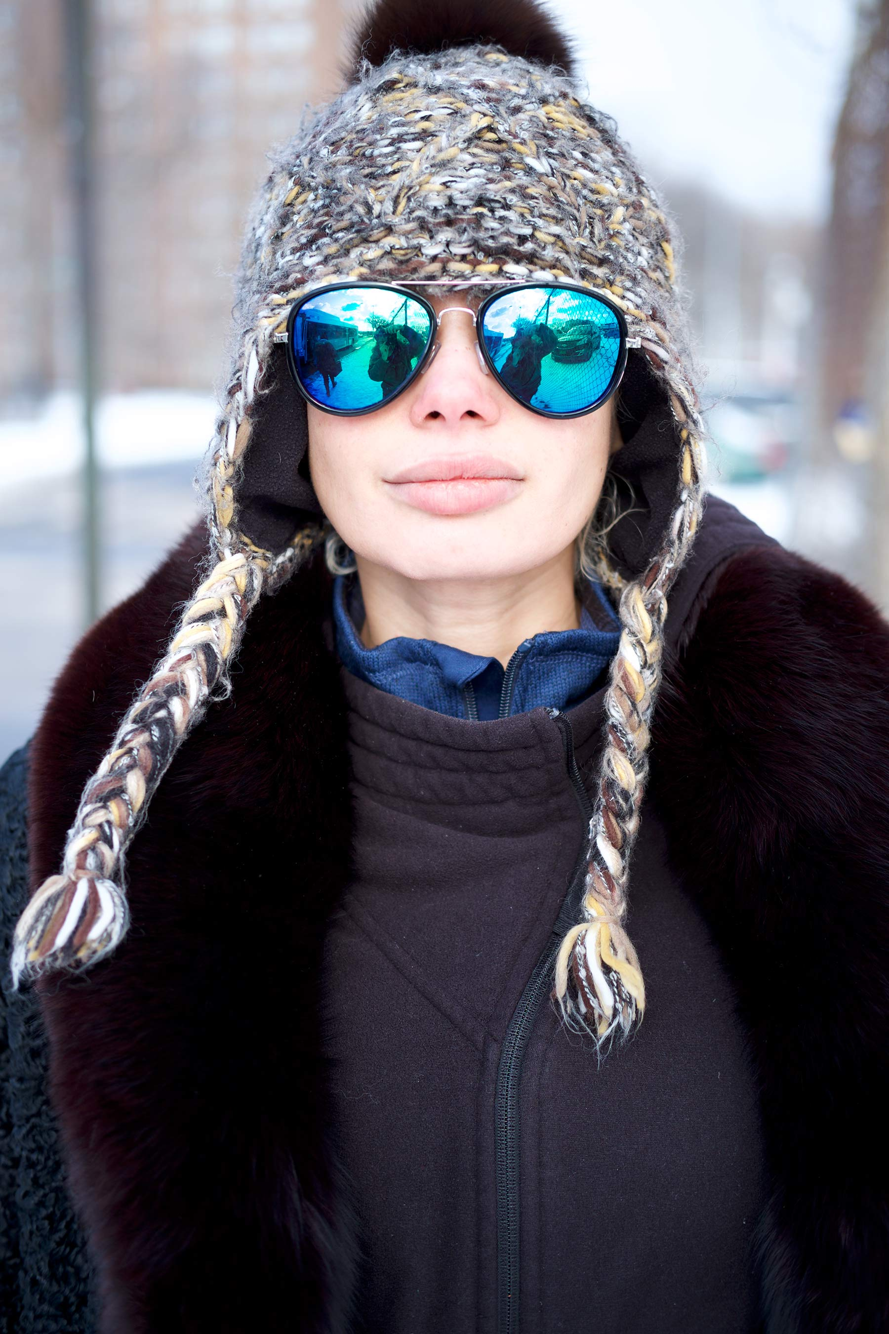 Young_Woman_with_Winter_hat_and_Sunglasses_in_Red_Hook