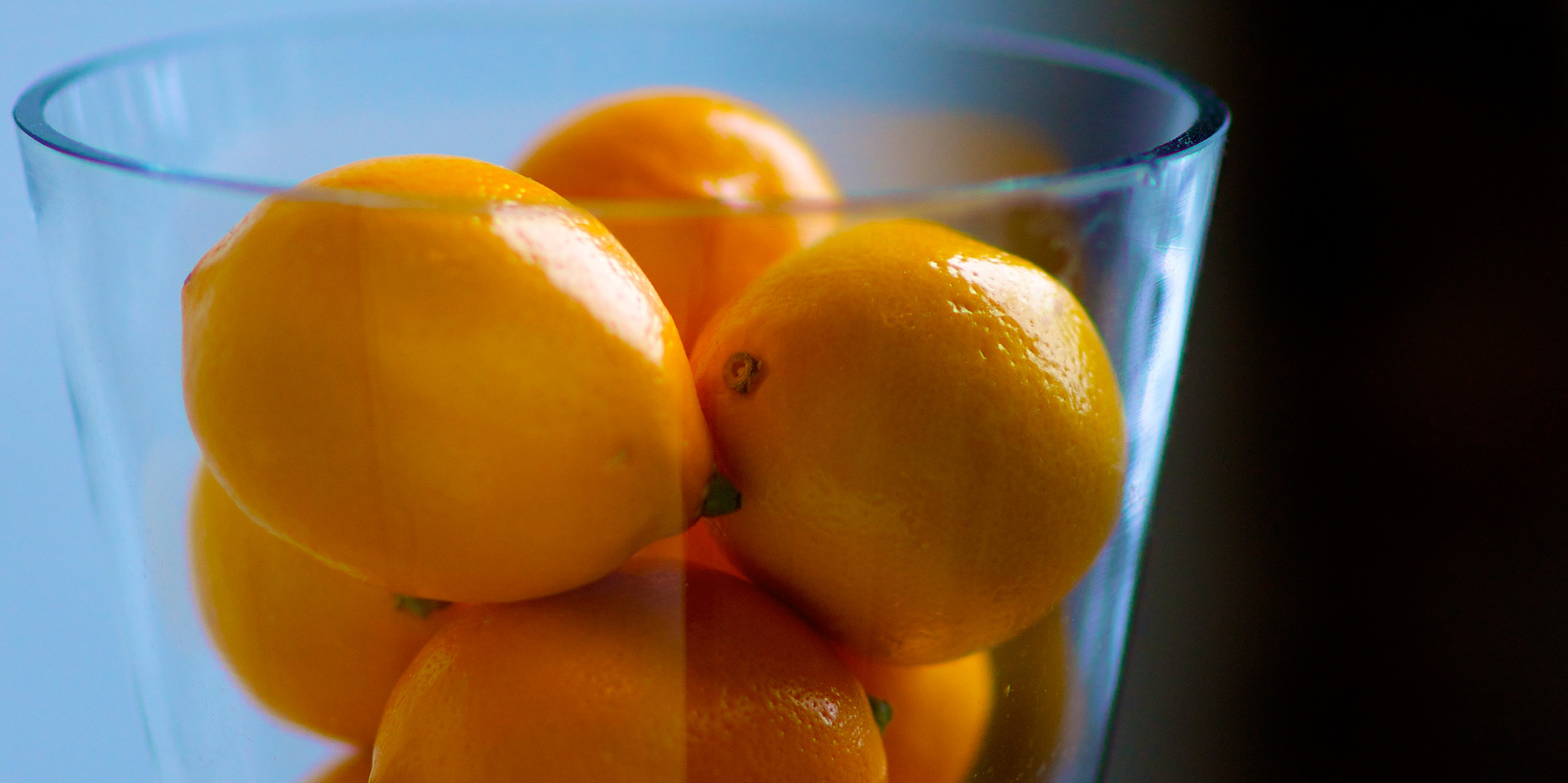 oranges-in-glass-jar.jpg